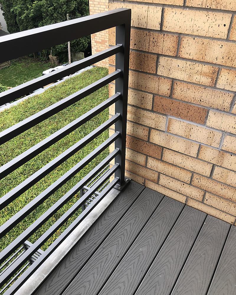 custom deck railing